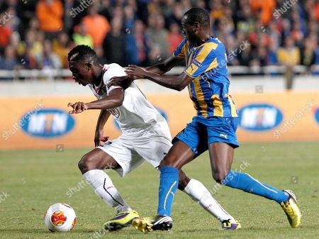 Vinicius, Julien Faubert Vanicius, right, of Apoel, Nicosia fights for the ball with Julien Faubert of Bordeaux, France, during their Europa League group F soccer match at GSP stadium in Nicosia, Cyprus, . Apoel beat Bordeaux 2-1