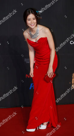 Lee Bo-young South Korean actress Lee Bo-young poses for photographers on the red carpet of the Mnet Asian Music Awards (MAMA) in Hong Kong