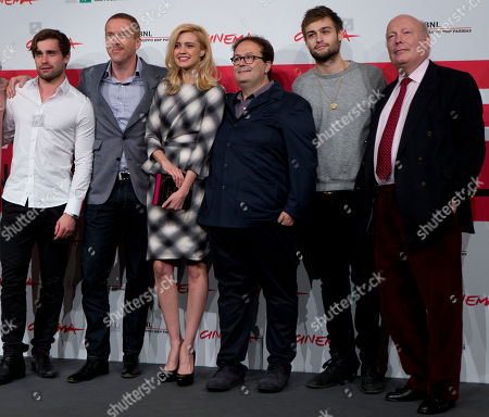From left, actors Christian Cooke, Damian Lewis and Nathalie Rapti Gomez, director Carlo Carlei, actor Douglas Booth and screeplayer Julian Fellows pose during the photo call of the movie 'Romeo and Juliet', at the 8th edition of the Rome International Film Festival, in Rome