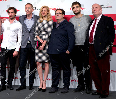 Christian Cooke, Damian Lewis, Nathalie Rapti Gomez, Carlo Carlei, Douglas Booth, Julian Fellows From left, actors Christian Cooke, Damian Lewis and Nathalie Rapti Gomez, director Carlo Carlei, actor Douglas Booth and screenwriter Julian Fellows pose during the photo call of the movie 'Romeo and Juliet', at the 8th edition of the Rome International Film Festival, in Rome