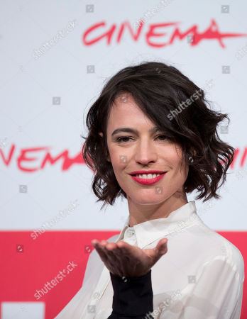 Giorgia Sinicorni Actress Giorgia Sinicorni poses during a photo call for his movie 'Come il Vento' at the 8th edition of the Rome International Film Festival in Rome