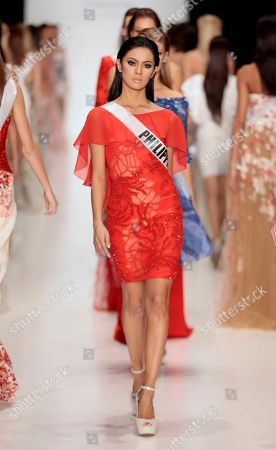 Ariella Arida Contestant of the Miss Universe pageant, Miss Philippines Ariella Arida shows creation by British designer Tony Ward at the Fashion Week in Moscow, . Beauties will compete for the title of Miss Universe in Moscow on Nov. 9