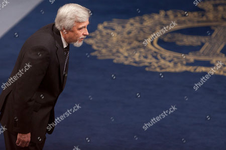 Rolf Heuer German Director General of CERN Rolf Heuer arrives to take part in the ceremony ahead of the Prince of Asturias Prize ceremony at Campoamor Theatre in Oviedo, northern Spain