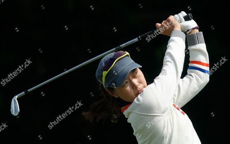 Sun Young Yoo Sun Young Yoo of South Korea tees off on the 2nd hole during the third day of the LPGA Taiwan Championship tournament at the Sunrise Golf and Country Club, in Yangmei, northern Taiwan