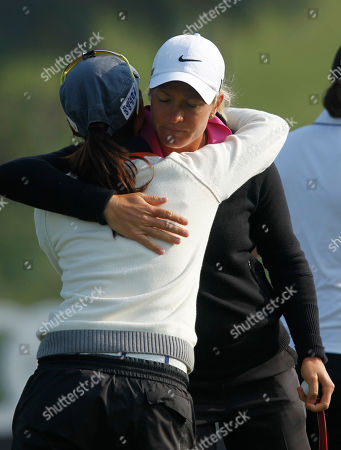 Suzann Pettersen, Sun Young Yoo Suzann Pettersen of Norway, right, hugs teammate Sun Young Yoo of South Korea after the match at the third day of the LPGA Taiwan Championship golf tournament at the Sunrise Golf & Country Club, in Yangmei, northern Taiwan. Pettersen finished in first position with 1 over par 70 and Yoo finished in second position with even par at 72