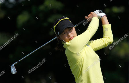 Sun Young Yoo Sun Young Yoo of South Korea, tees off the 2nd hole during the last day of the LPGA Taiwan Championship tournament at the Sunrise Golf & Country Club, in Yangmei, northern Taiwan