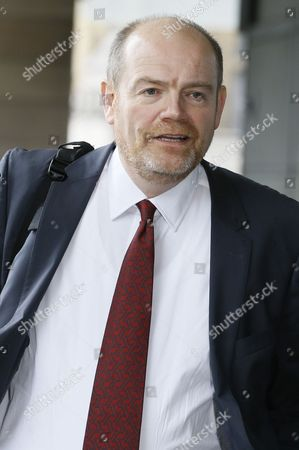 Former BBC Director General Mark Thompson arrives at Portcullis House in London, to be questioned by a parliamentary committee investigating alleged oversized severance payments to outgoing BBC executive. Thompson, who is now Chief Executive of the New York Times Co., is to give evidence to the British parliament's Public Accounts Committee investigating alleged BBC severance payments that exceeded contractual obligations. AP Photo/Kirsty Wigglesworth