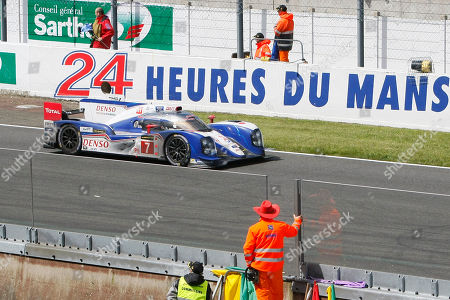 The Toyota TS-030 No7 driven by Alexander Wurz of Austria, Nicolas Lapierre of France and Kazuki Nakajima of Japan in action during the 90th 24-hour Le Mans endurance race, in Le Mans, western France