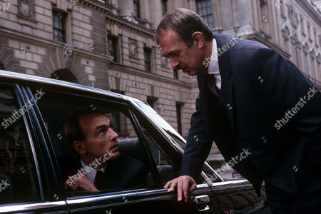 Stock Image of Bosco Hogan in car and Roy Marsden in 'A Taste For Death'