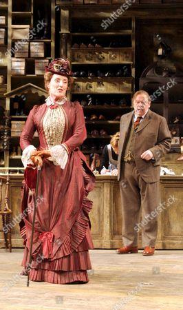 Judith Paris as Mrs Hepworth and John Savident as Horatio Hobson
