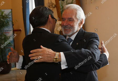 Samuel Santos Lopez, Marty Natalegawa Nicaraguan Foreign Minister Samuel Santos Lopez, right, and his Indonesian counterpart Marty Natalegawa hug each other prior to their meeting in Jakarta, Indonesia