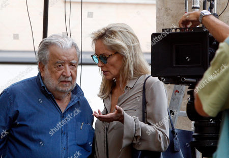 "Pupi Avati Sharon Stone Actress Sharon Stone talks to Italian director Pupi Avati on the set of Avati's movie ""Un ragazzo d'oro"", outside Rome's Santa Maria dei Miracoli Church"
