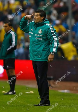 Jose Manuel de la Torre Mexico's head coach Jose Manuel de la Torre gestures from the sidelines at a 2014 World Cup qualifying match with Honduras in Mexico City