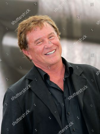 "Actor Tom Berenger of TV series ""Hatfields and McCoys"" poses for photographers during the 2013 Monte Carlo Television Festival, in Monaco"