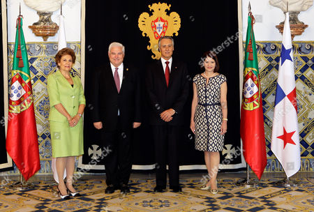 Ricardo Martinelli, Anibal Cavaco Silva, Marta Linares de Martinelli, Maria Cavaco Silva Panama's President Ricardo Martinelli, center left, and his wife Marta Linares de Martinelli, right, pose for photos with Portuguese President Anibal Cavaco Silva and his wife Maria Cavaco Silva at Lisbon's Belem Presidential Palace . Martinelli is in Lisbon for a two-day state visit to Portugal