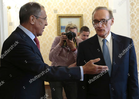 Sergey Lavrov, Bob Carr Russian Foreign Minister Sergey Lavrov welcomes his visiting Australian counterpart Bob Carr, right, prior to their meeting in Moscow on