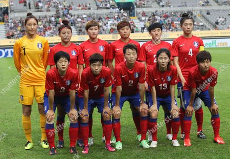 Kim Jung-mi, Cho So-hyun, Lim Seon -joo, Cha Yun-hee, Kim Soo-yun, Shim Seo-yeon, Kim Do-yeon, Jeon Ga-eul, Kim Hye-ri, Lee Mi-na, Ji So-yun South Korea's women national soccer team players, back row from left, Kim Jung-mi, Cho So-hyun, Lim Seon -joo, Cha Yun-hee, Kim Soo-yun, Shim Seo-yeon, Kim Do-yeon, Jeon Ga-eul, Kim Hye-ri, Lee Mi-na and Ji So-yun pose before Women's East Asian Cup soccer match against North Korea at Seoul World Cup stadium in Seoul, South Korea