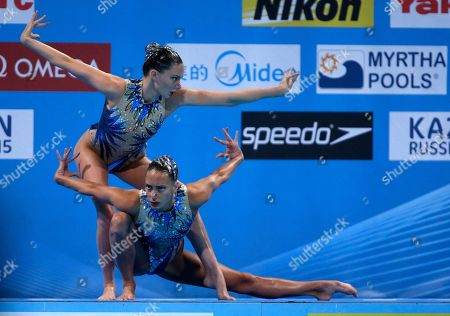 Stock Image of Britain's Olivia Federici and Jenna Randall perform their routine in the synchronized swimming duet final at the FINA Swimming World Championships in Barcelona, Spain