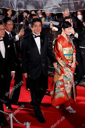 Prime Minister Shinzo Abe and the Festival Muse Haru Kuroki
