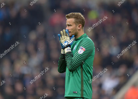 Anders Lindegaard of Preston North End looks on dejected during the EFL Cup - Fourth Round match between Newcastle United and Preston North End played at St. James? Park, Newcastle upon Tyne on 25th October 2016