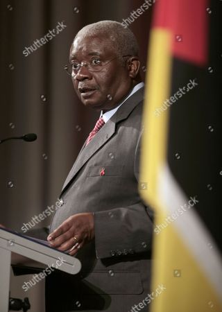 Armando Emilio Guebuza, President of Mozambique, delivers a speech during a Mozambique Trade and Investment Breakfast in Sydney, Australia, . President Guebuza is on a 5-day visit to Australia