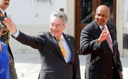 Letsie III, Heinz Fischer Austrian President Heinz Fischer and King Letsie III of Lesotho, from left, wave to onlookers during a welcoming ceremony in front of the Hofburg palace in Vienna, Austria, . King Letsie III is in Austria for a one-day official working visit
