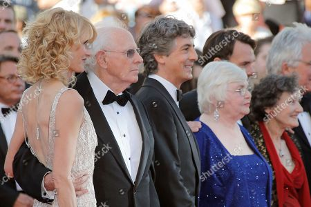 Laura Dern, Bruce Dern, Alexander Payne, June Squibb, Will Forte, Angela McEwan From left, actress Laura Dern, her father actor Bruce Dern, director Alexander Payne, actors June Squibb, Will Forte and Angela McEwan arrive for the screening of Nebraska at the 66th international film festival, in Cannes, southern France