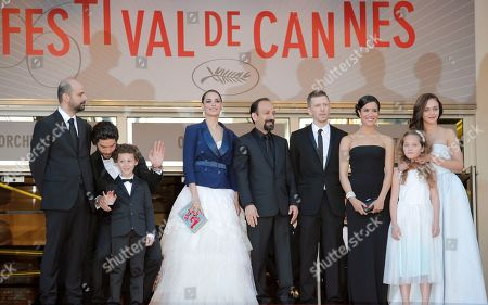 Ali Mosaffa, Tahar Rahim, Elyes Aguis, Berenice Bejo, Asghar Farhadi, Alexandre Mallet-Guy, Sabrina Ouazani, Jeanne Jestin Pauline Burlet From left, actors Ali Mosaffa, Tahar Rahim, Elyes Aguis, Berenice Bejo, director Asghar Farhadi, producer Alexandre Mallet-Guy, actors Sabrina Ouazani, Jeanne Jestin and Pauline Burlet arrive for the screening of the film The Past at the 66th international film festival, in Cannes, southern France