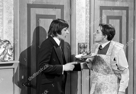Barry Evans (left) and  Timothy Bateson in 'Doctor At Large'  Episode : 'No Ill Feeling'