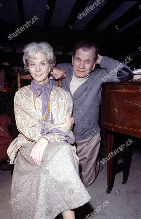 Wendy Hiller and Joseph Cotten in 'Tales Of The Unexpected'  Episode: 'Edward The Conqueror'