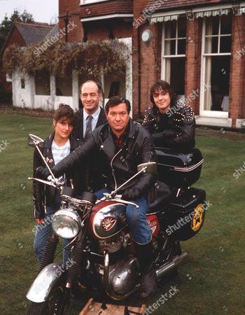 'Boon' - Lesley Anne Sharpe, David Daker, Michael Elphick and Neil Morrissey