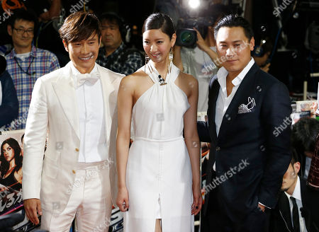 """Lee Byung-hun, Jon M. Chu, Nanao South Korean actor Lee Byung-hun, left, and director Jon M. Chu, right, pose for photographers with Japanese actress Nanao upon arrival for the Japan premiere of their latest film """"GI Joe 3D Retaliation"""" in Tokyo"""
