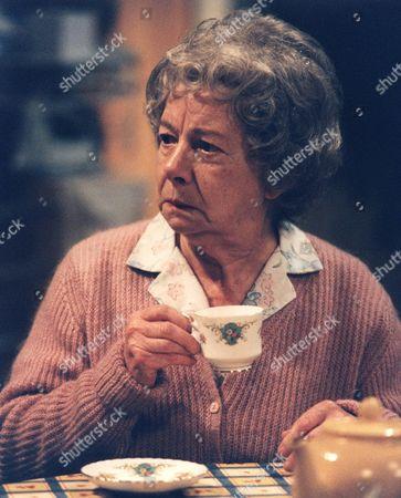 'Barbara'  TV - 2000 - Jean Alexander as Queenie.