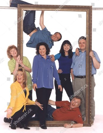 'Barbara'  TV - 2000 - Sam Kelly as Ted and Gwen Taylor as Barbara.Barbara's family Benedict Sandiford (hanging) as Neil; from bottom left: Sherrie Hewson as Jean; Madge Hindle as Doreen; Gwen Taylor as Barbara; Elizabeth Carling as Linda; Mark Benton as her husband Martin, and Sam Kelly as Barbara's husband Ted.