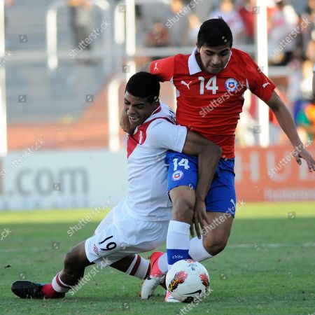 Bryan Rabello, Wilder Cartagena Chile's Bryan Rabello, right, fights for the ball with Peru's Wilder Cartagena during a U-20 South American soccer championship match in Mendoza, Argentina