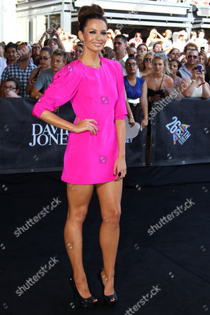 Ricki-Lee Coulter Ricki-Lee Coulter arrives for the Australian music industry Aria Awards in Sydney