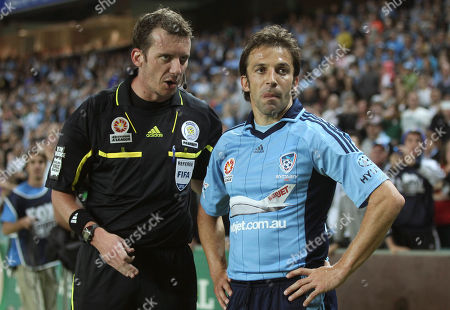 Alessandro Del Piero, Peter Green Referee Peter Green speaks to Sydney FC's Alessandro Del Piero, right, during their A-League match against Adelaide United in Sydney, Australia