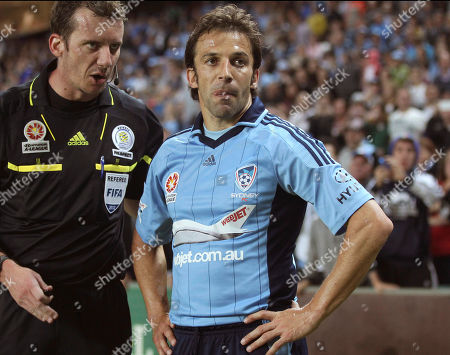 Alessandro Del Piero FILE - In this Nov. 23, 2012 photo, Sydney FC's Alessandro Del Piero, center, talks with referee Peter Green during their A-League match against Adelaide United in Sydney. Del Piero has committed to play another A-League season with Sydney FC. The 38-year-old former Juventus and Italy star announced his decision, just before a scheduled Sydney FC news conference