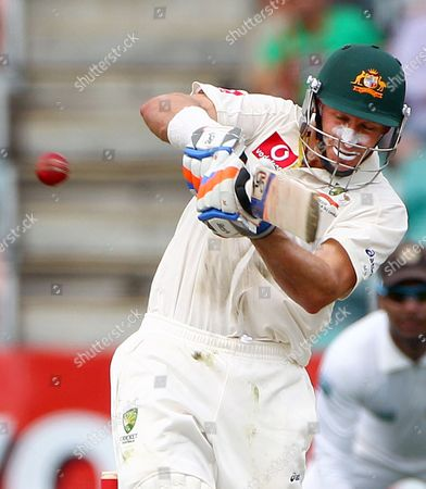 Mike Hussey Australia's Mike Hussey pulls the ball for four runs off the bowling of Sri Lanka's Chanaka Welegedara on the second day of their cricket test match at Bellerive Oval in Hobart, Australia