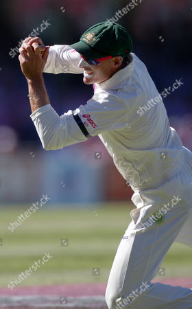 Michael Hussey Australia's Mike Hussey catches out Sri Lanka's Thilan Samaraweera for no score on the third day of their cricket test match in Sydney, Australia, . Australia are declared 432 for 9 in reply to Sri Lanka's 294 all out in their first innings