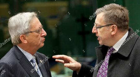 Jean-Claude Juncker, Steven Vanackere Belgium's Finance Minister Steven Vanackere, right, speaks with Luxembourg's Prime Minister Jean-Claude Juncker during a meeting of eurogroup finance ministers in Brussels on . The European Union on Thursday took a major step towards one of the most important transfers of financial authority away from national capitals when its member states agreed to create a single supervisor for their banks