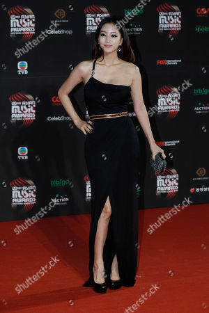 Han Ye-seul South Korean actress Han Ye-seul poses for photographers on the red carpet of the Mnet Asian Music Awards (MAMA) in Hong Kong . The MAMA is one of the major K-pop music award ceremonies