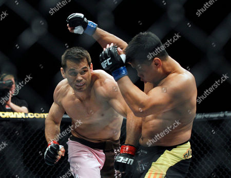 "Rich ""Ace"" Franklin, Cung Le Rich ""Ace"" Franklin of the US, left, fights with Cung Le of Vietnam, during the Middleweight match of the Ultimate Fighting Championship UF, at the Venetian Macao, in Macau, . Cung Le won by a knock out in the first round"