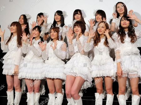 """Haruna Kojima, Mayu Watanabe, Minami Takahashi, Mariko Shinoda, Tomomi Itano, Rie Kitahara Members of Japanese girls pop gourp AKB48, from left in first row, Haruna Kojima, Mayu Watanabe, Minami Takahashi, Mariko Shinoda, Tomomi Itano and Rie Hitahara, pose for photographers at the opening premiere of their new film """"Documentary of AKB48 No Flower Without Rain,"""" in Tokyo, . The film was released in the day in Japan"""