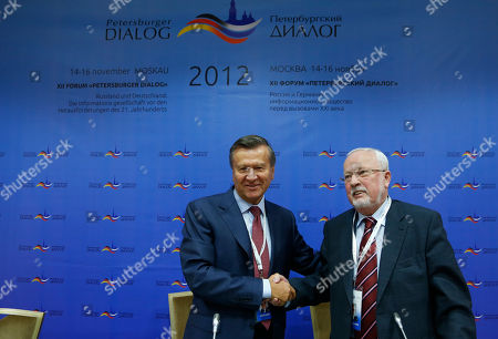 Lothar de Maiziere, Viktor Zubkov Former Russian Prime Minister Viktor Zubkov, left, and Lothar de Maiziere, last premier of former communist East Germany, shake hands at a news conference launching the Petersburg Dialogue Forum in Moscow, . A senior German lawmaker urged Russia on Wednesday to end its crackdown on civil society ahead of talks between the two countries' leaders