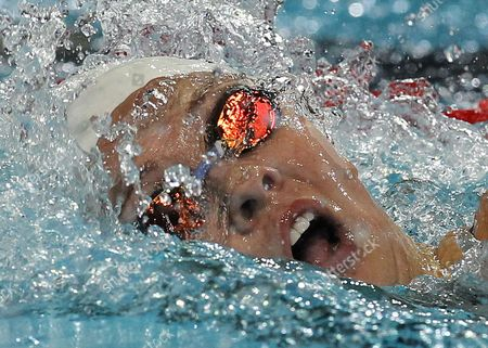 Chloe Sutton Chloe Sutton of U.S. competes in the women's 400 meters freestyle heat during the FINA Short Course Swimming World Championships at the Sinan Erdem Arena in Istanbul