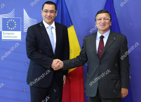 Jose Manuel Barroso, Victor-Viorel Ponta European Commission President Jose Manuel Barroso, right, welcomes Romania's Prime Minister Victor-Viorel Ponta, at the European Commission headquarters in Brussels