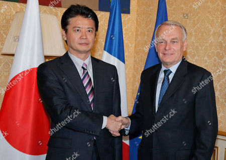 Jean-Marc Ayrault, Koichiro Gemba Japanese Foreign Affairs Minister Koichiro Gemba, left, is welcomed by French Prime Minister Jean-Marc Ayrault prior to their meeting at the Matignon in Paris