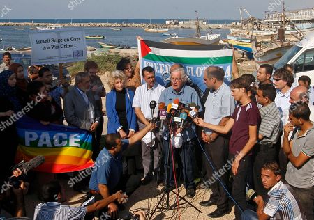Mideast, Noam Chomsky Jewish-American scholar and activist Noam Chomsky, center, speaks during a press conference to support the Gaza-bound flotilla in the port of Gaza City, . Israeli soldiers commandeered a vessel carrying pro-Palestinian activists destined for Gaza on Saturday, cutting off communications and steering it from international waters toward the Israeli port of Ashdod. The ship was the latest in a series of activist-manned vessels challenging Israel's blockade on the territory