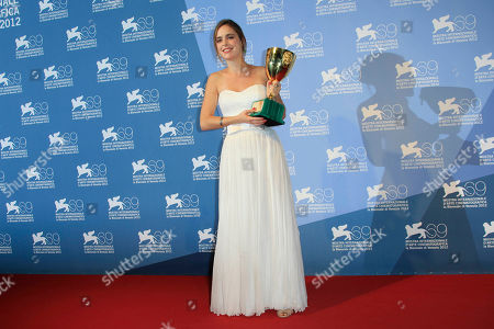 Hadas Yaron Actress Hadas Yaron poses with the Coppa Volpi for best actress for her role in the movie 'Lemale Et Ha'Chalal' at the awards photo call during the 69th edition of the Venice Film Festival in Venice, Italy